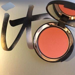 SALE❤️IT Cosmetics Bye Bye Pores Blush